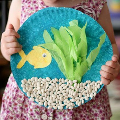 20 summer crafts to make with paper plates spoonful projekt meer fische piraten. Black Bedroom Furniture Sets. Home Design Ideas