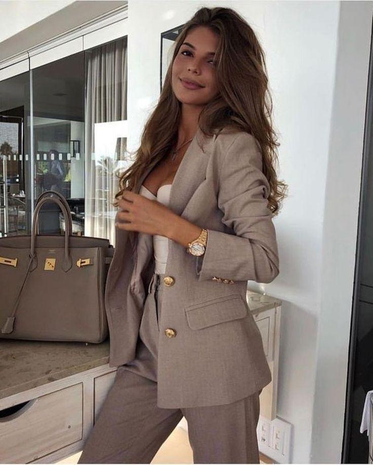 45 Ideen für einfache Arbeitskleidung für junge Frauen – STYLE INSPIRATIONS … – fashion bea…