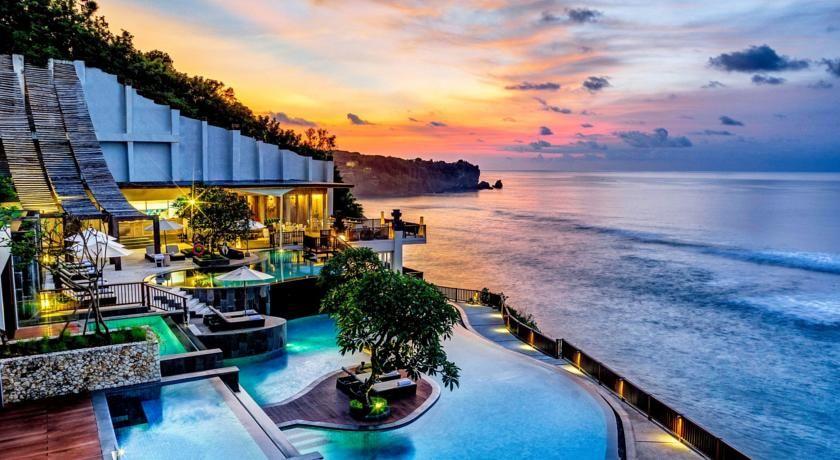Algumas das piscinas mais incríveis do mundo