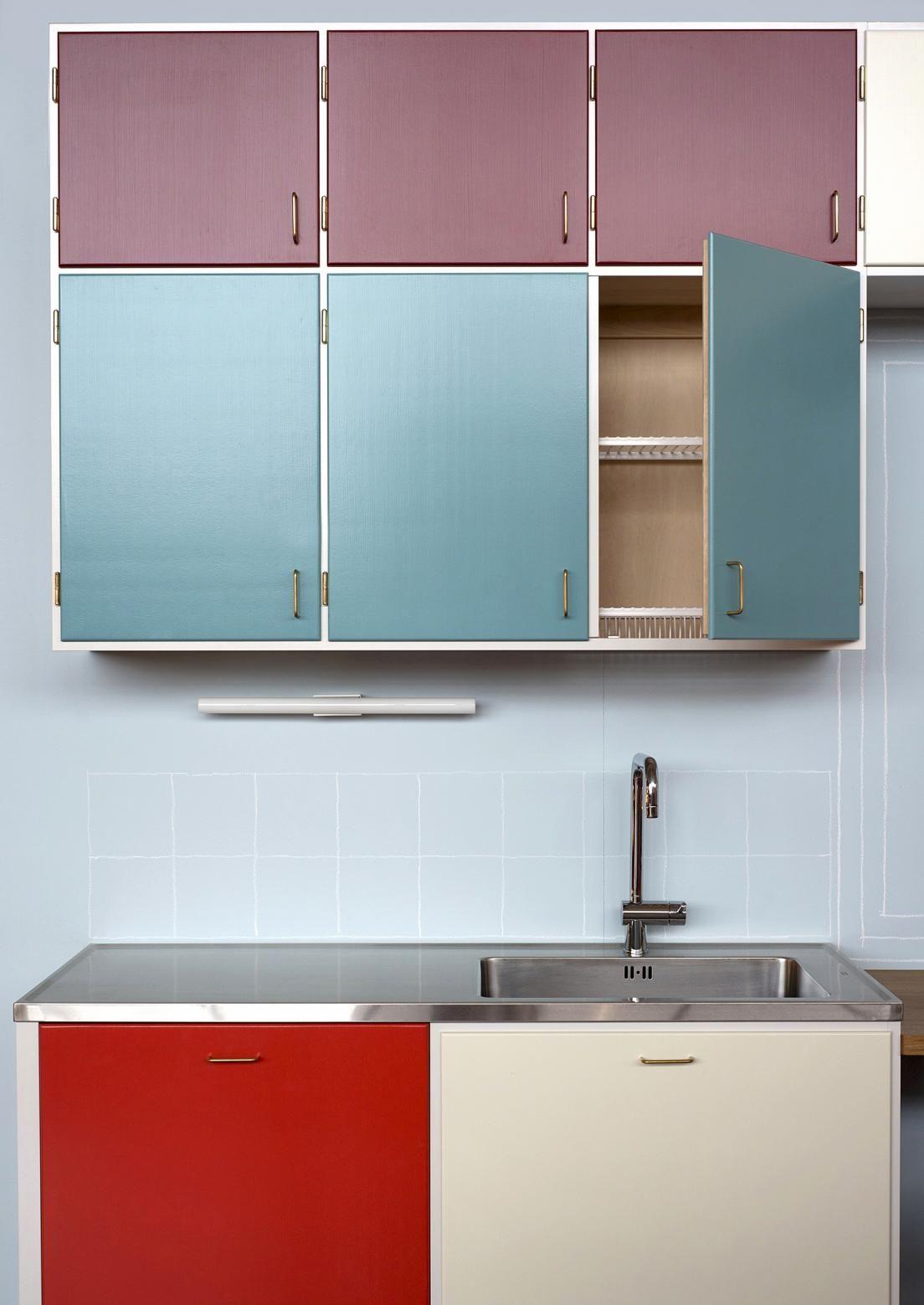 Onko haaveissasi 50 luvun keittiö? Katso Meidän Talon