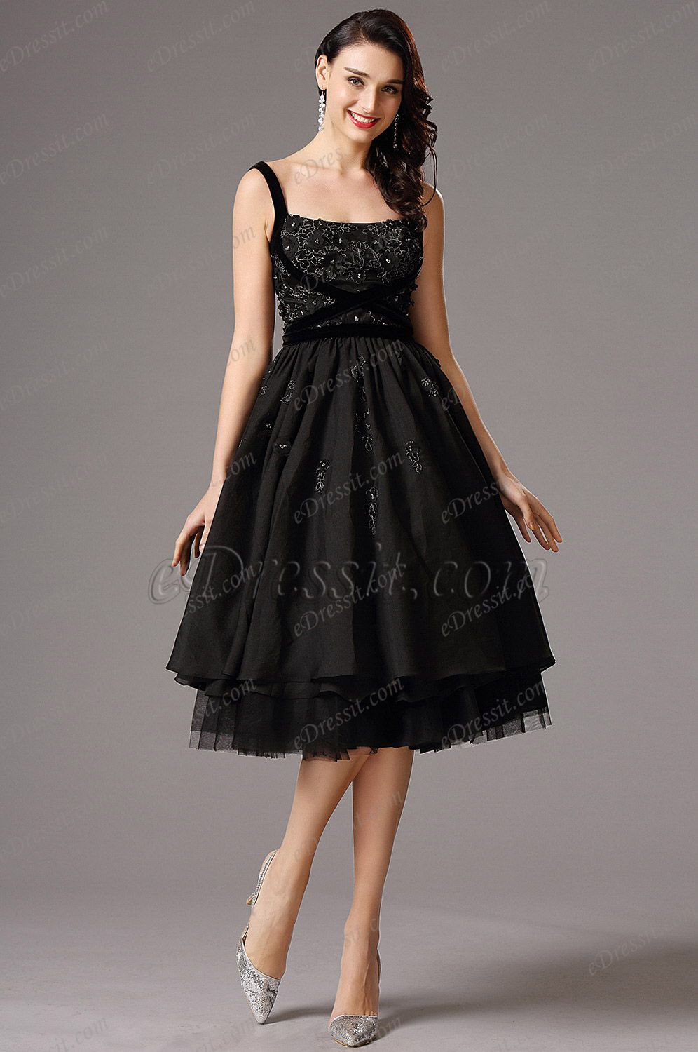 Flattering Black Vintage Layered Tail Dress Party