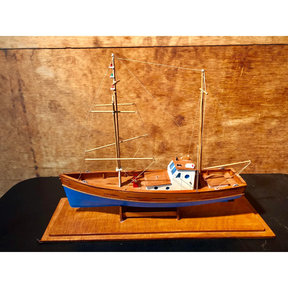 Vintage Amalfi Palermo Italian Wooden Fishing Boat In 2020 Fishing Boats Palermo Amalfi