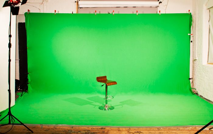 The most known problems with poor green screen studio shots happen from improper lighting, incorrect positioning and use of backgrounds with wrong color. Light will always go somewhere until it is completely absorbed. Read more tips at http://www.saltlakecitystudio.com/studio.html.