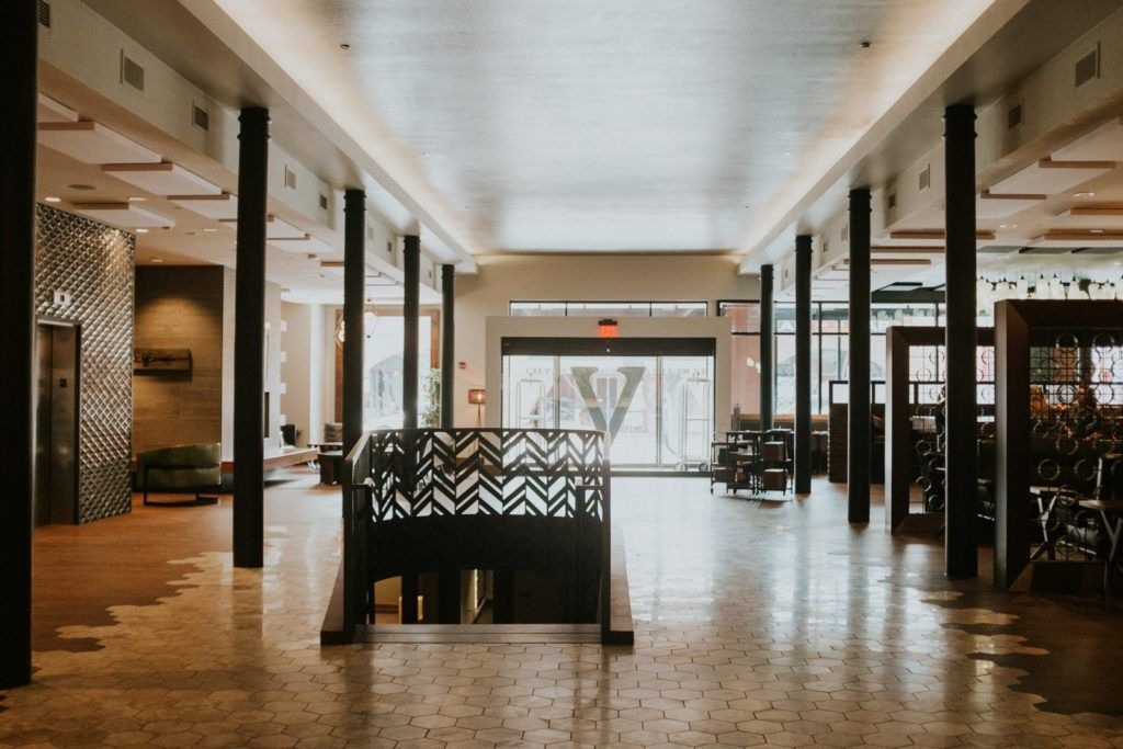 Hotel Vandivort In Springfield Mo Pairs Modern Design With A Vintage Vibe And Boasts Sustainable Operational Practices W Hotel Springfield Travel Inspiration