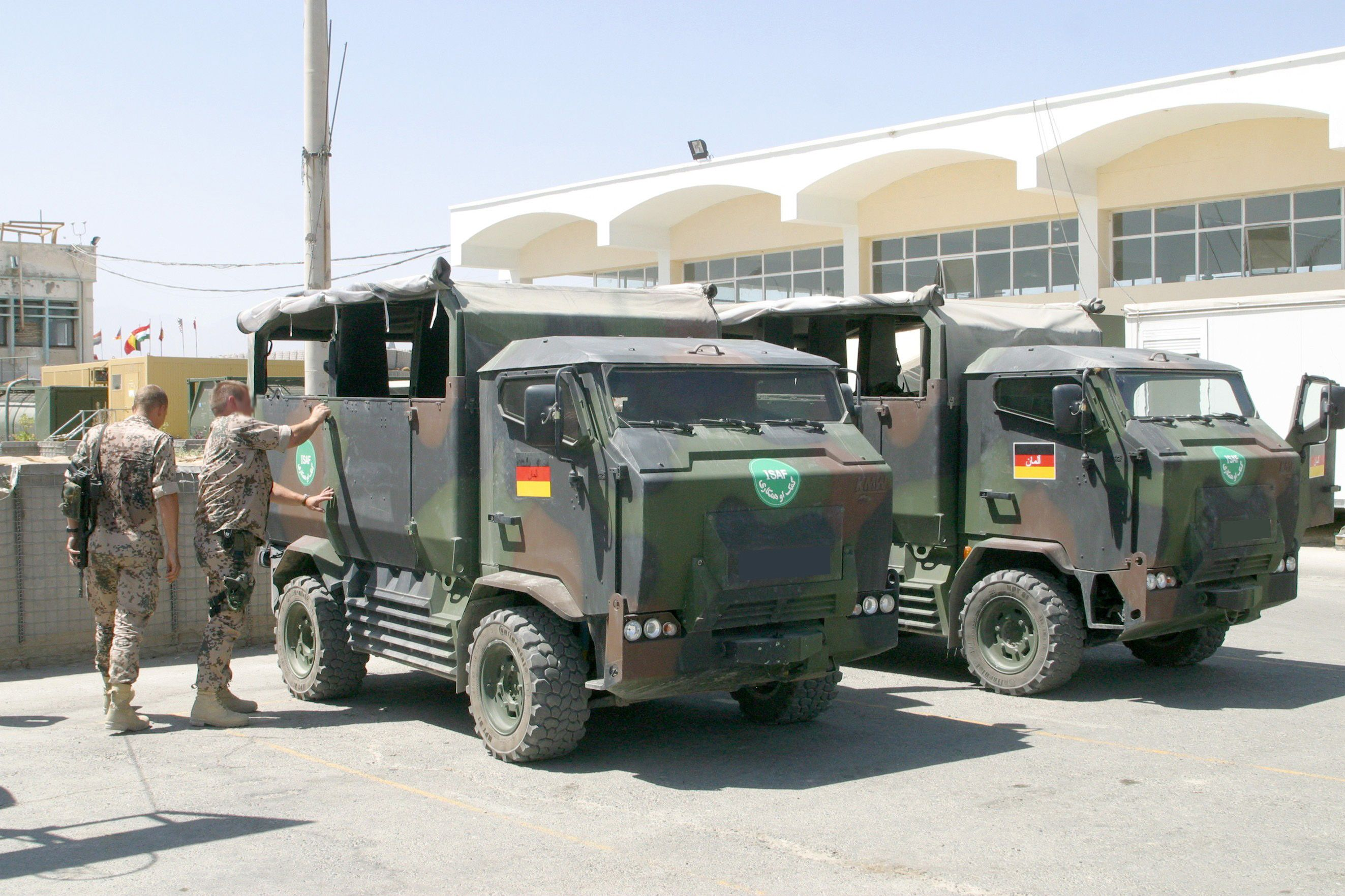 Iveco lmv special forces variant iveco fiat italy pinterest special forces 4x4 and jeeps