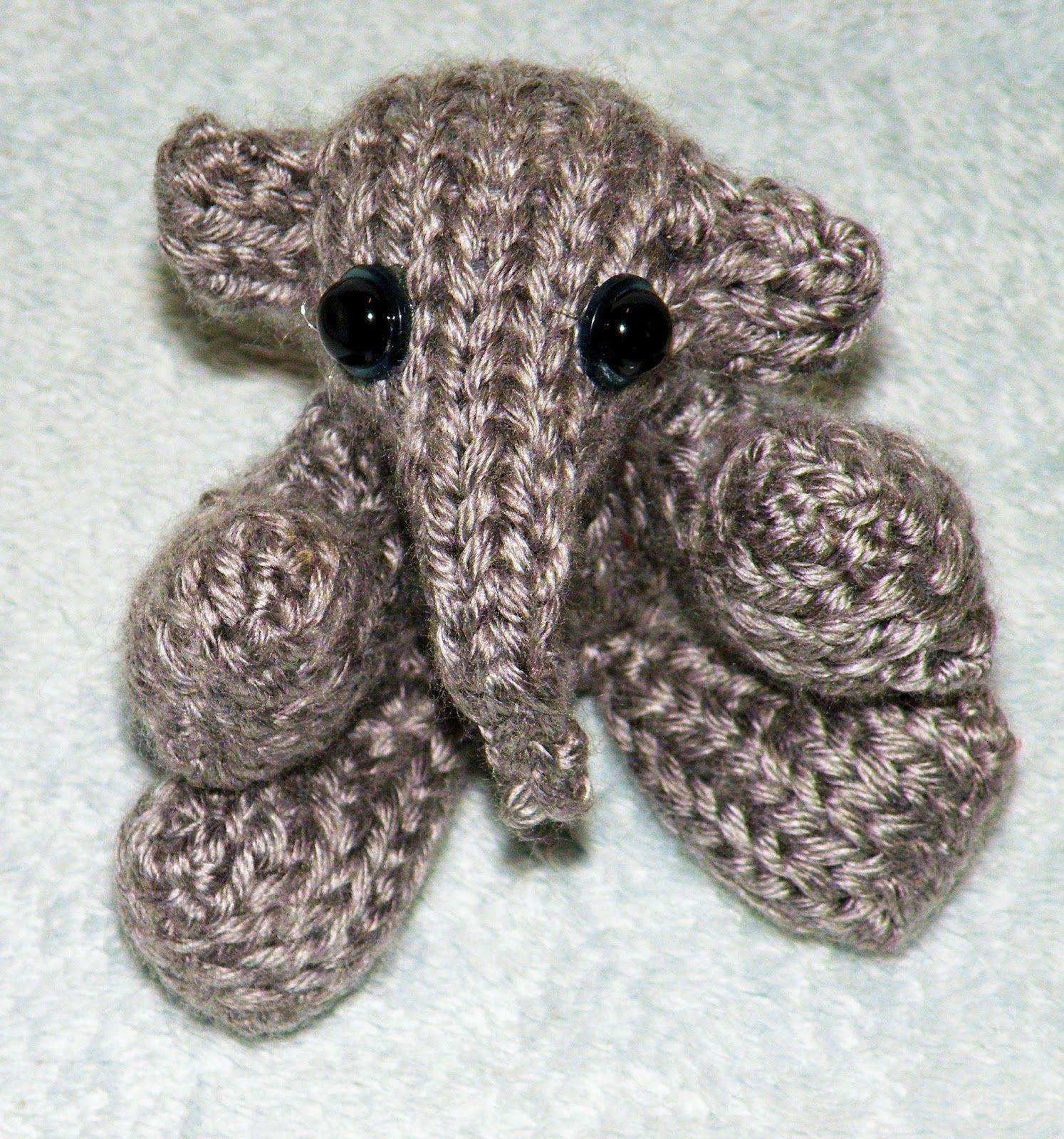The Loom Muse Loom Knitting Mini Elephant Boye Looms Pinterest