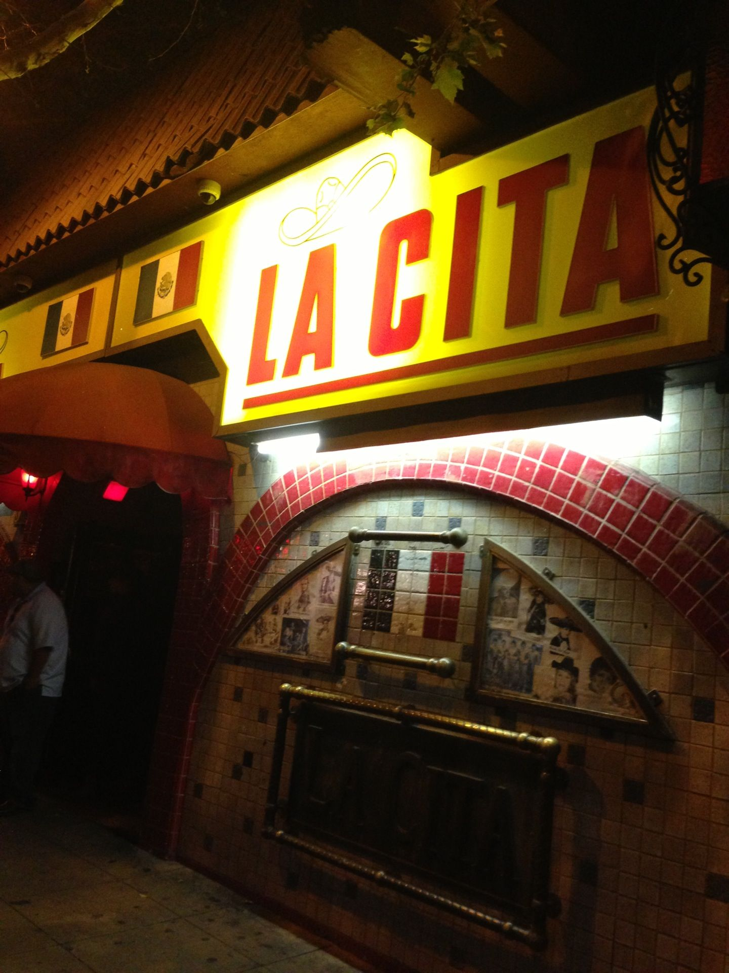 La Cita Bar. They play all types of music, there's a dance floor for dancing and a back for relaxing.