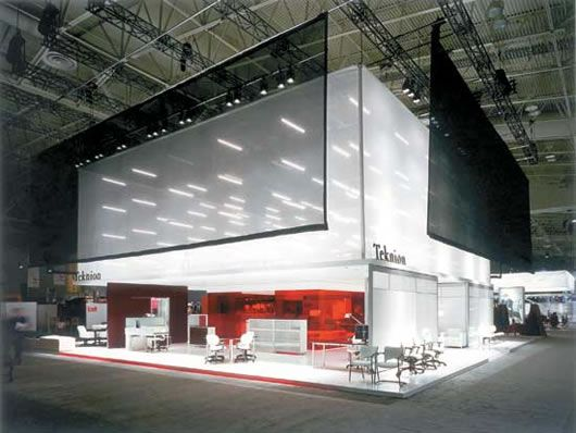 Exhibition Stand Weight : Big and bold yet light weight accessible exhibit