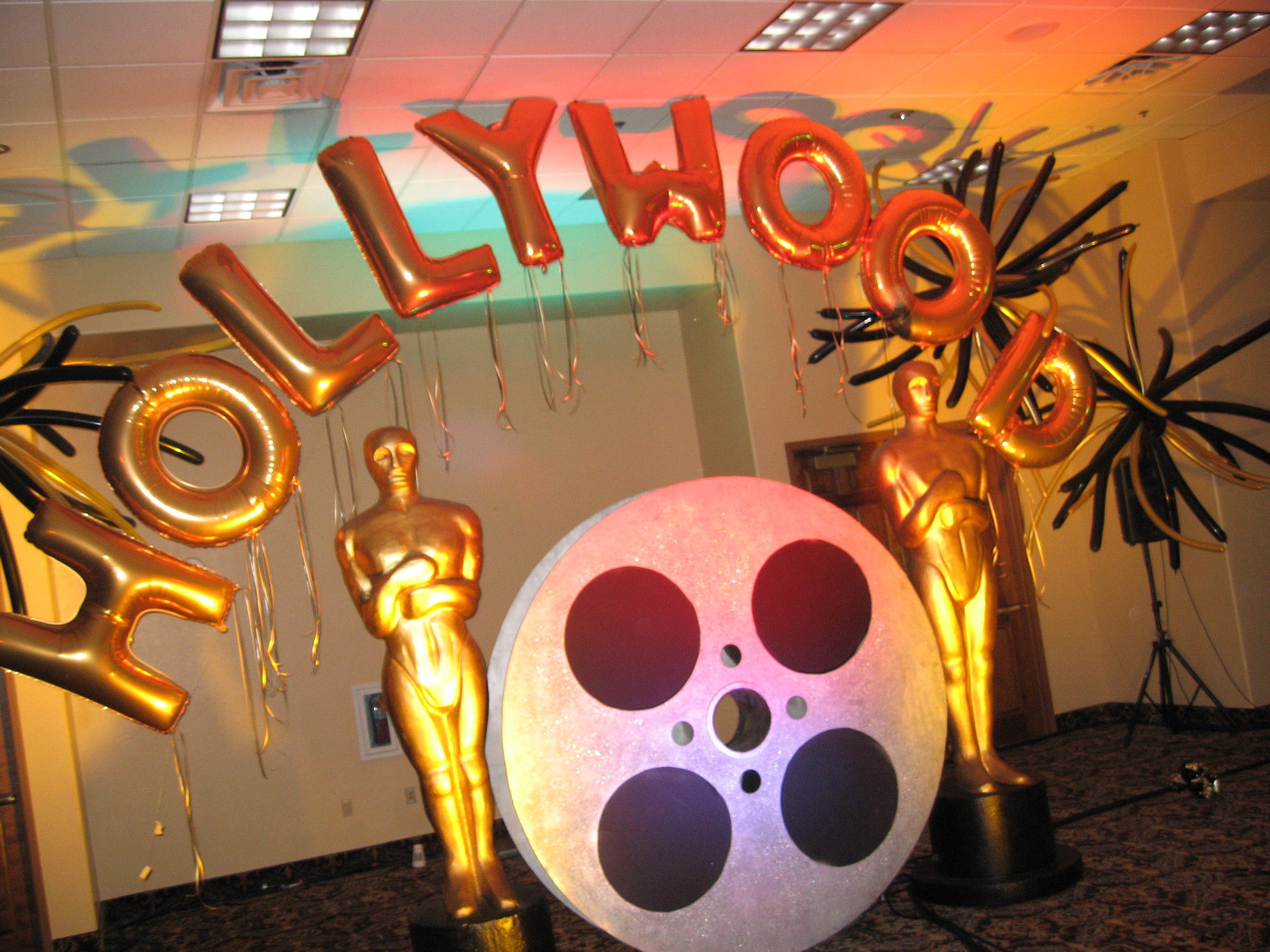 theme themed to modern decor design hollywood decorations home ideas cool party view