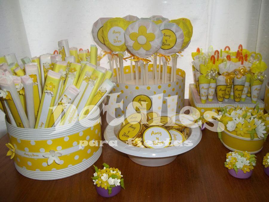 Mesa de golosinas para comuni n comuniones pinterest - Preparar mesa dulce para comunion ...