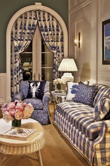 I'm usually not fond of purples, but I rather like this setting. ~ Living Beautifully.