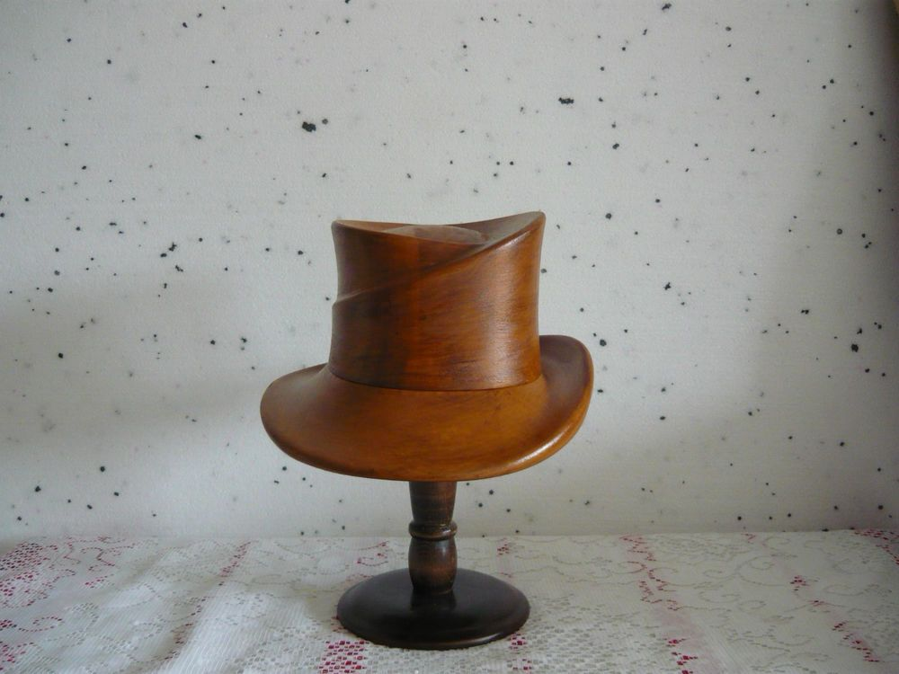 Wonderful millinery wooden hat block/form/ mold