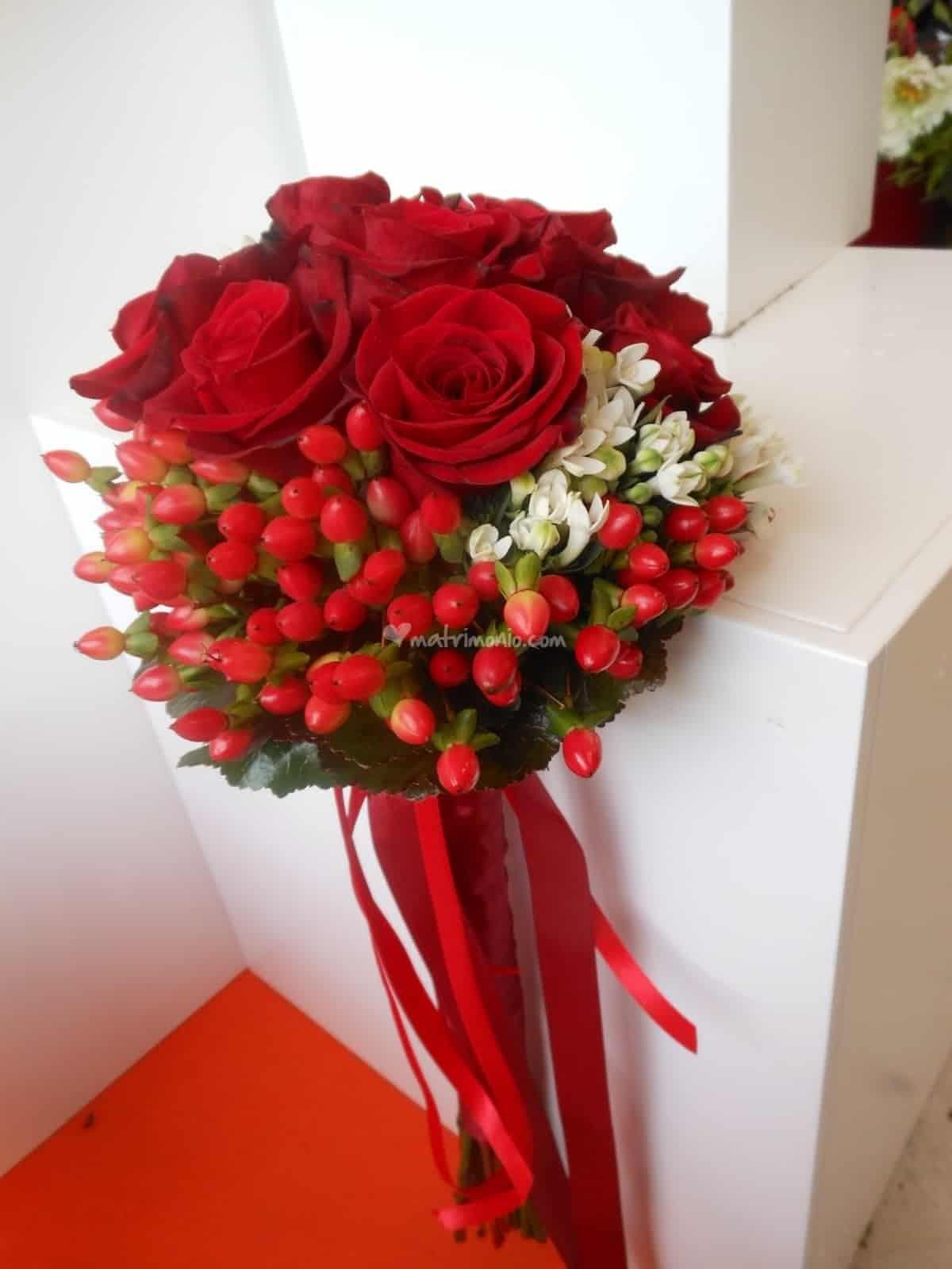 Mazzo Di Fiori Con Peperoncini.Bouquet Di Laurea Con Immagini Decorazioni Floreali