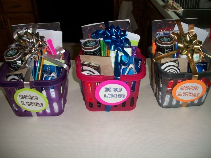 14 Senior Gift Ideas Homemade Gifts Craft Gifts Diy Gifts