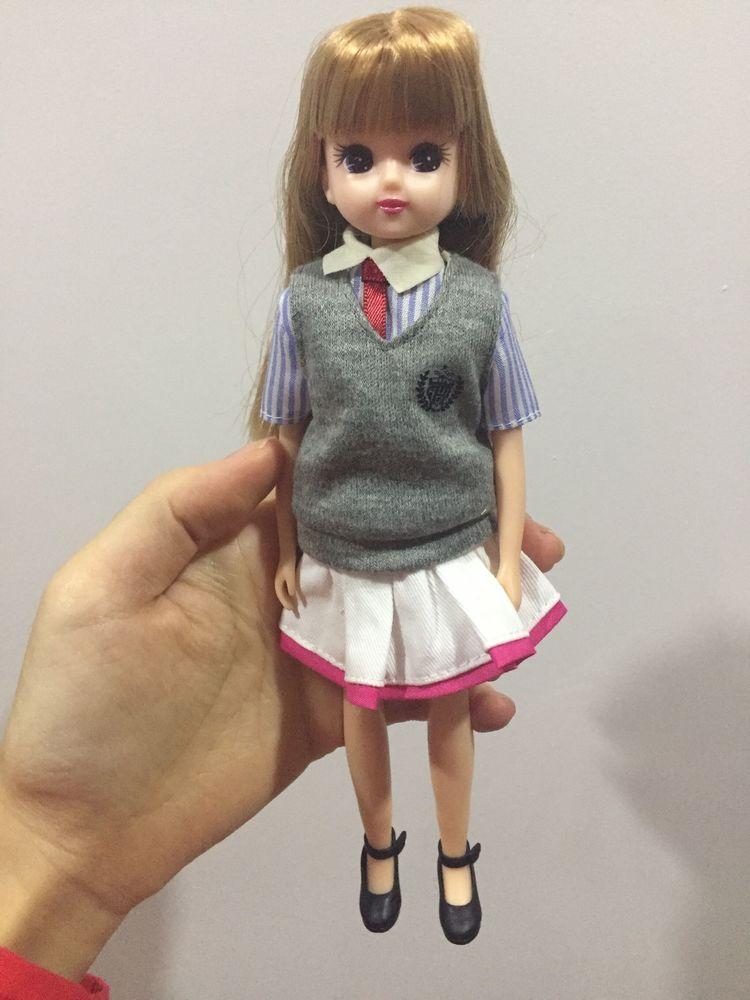 body with long hair Girls Kids Great Gifts 9 inch LICCA head