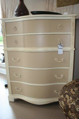 Love the colours applied two coats of Valpsar Honeymilk to the body of the dresser. To achieve the two-tone look, I gave the drawers a couple of coats of Valspar Malted Milk.