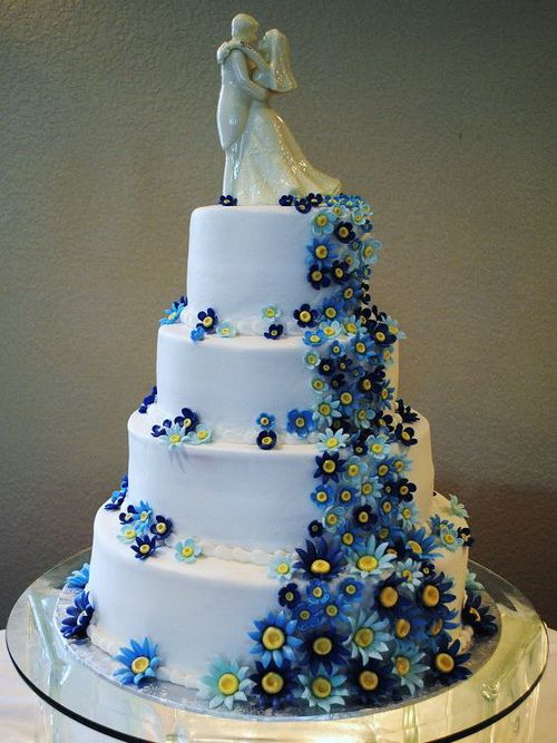 blue flower wedding cake blue flower wedding cakes www pixshark images 11984