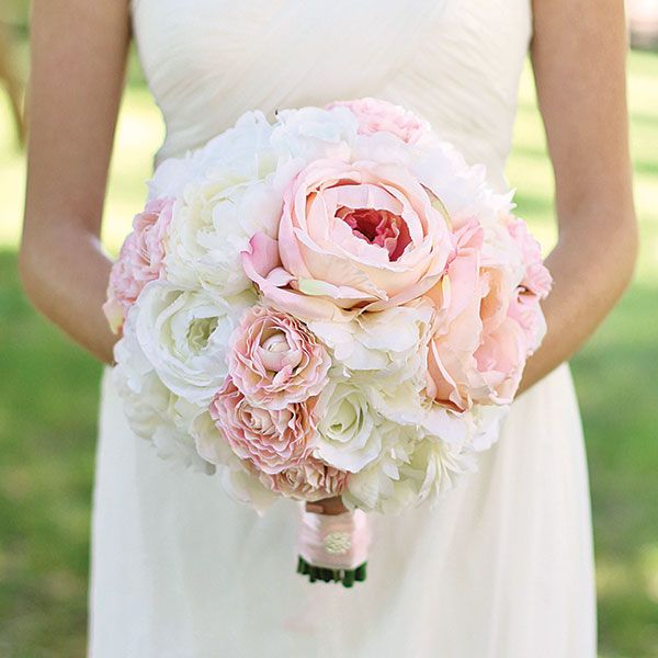Diy Wedding Bouquet An Everlasting Composed Of Silk Flowers