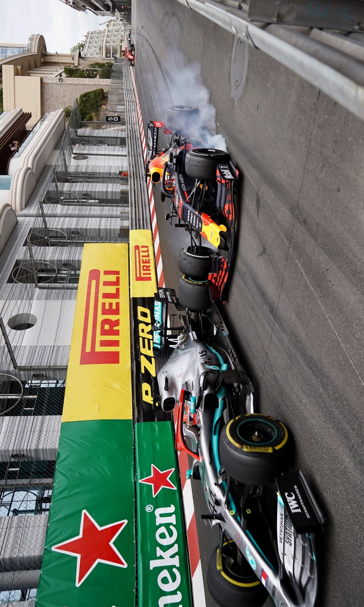 2019/5/27 TwitterF1 Lap 77 of 78 One of those 'hold