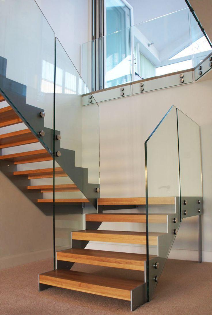 Resultado de imagen para barandas edificios en vidrio for Gradas metalicas para interiores
