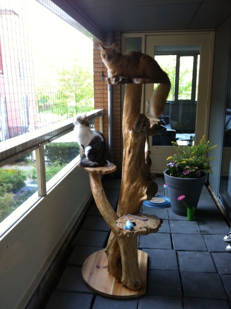 Cat tree diy homemade for cats catsdiytower diy cat