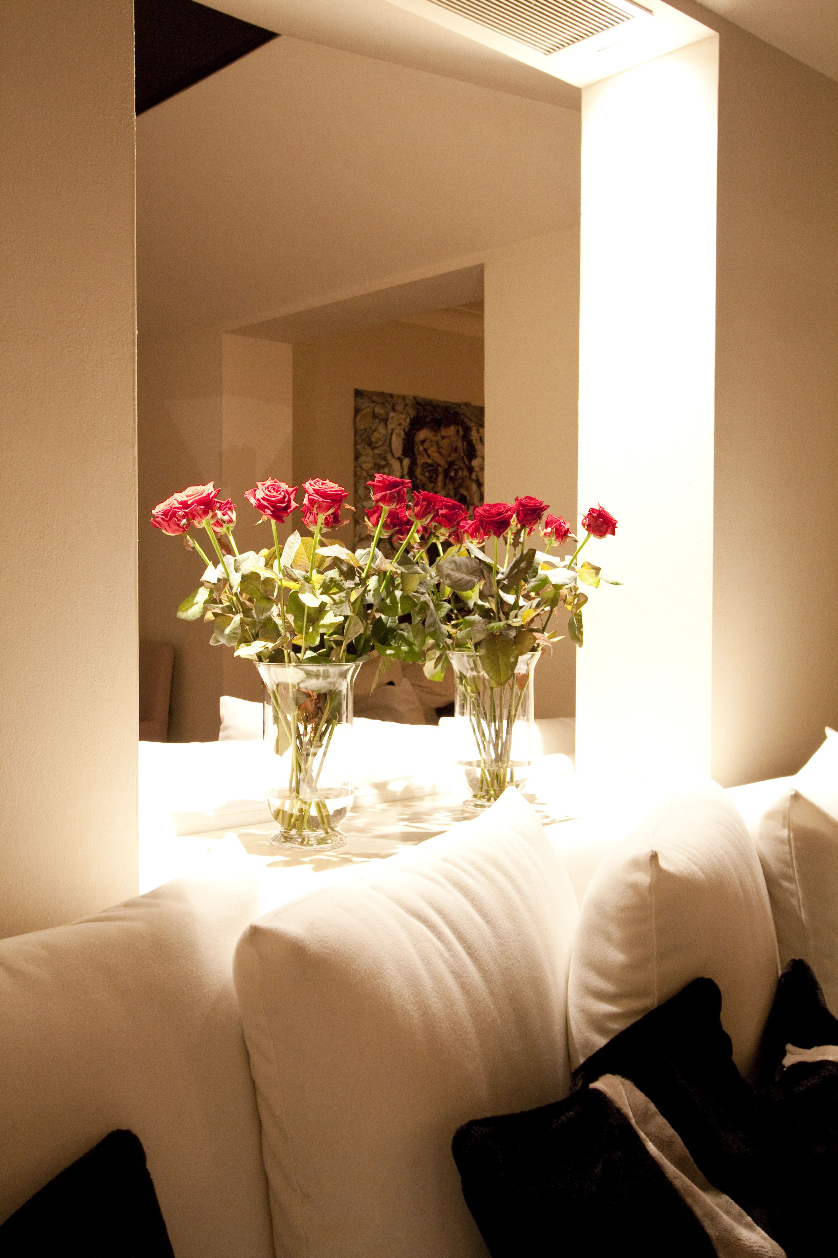 In a mood of roses @Hotel Carducci76