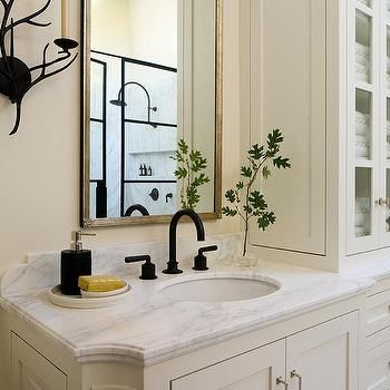 Ivory Bathroom With Oil Rubbed Bronze Fixtures In 2019