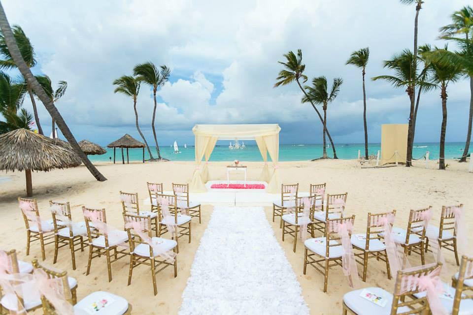 Ivory Wedding Gazebo Venue Kukua Punta Cana Decoration Begokua