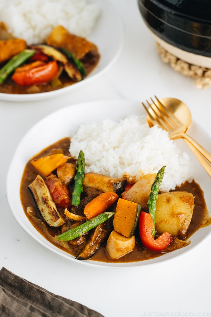 Vegetarian Japanese Curry ベジタリアンカレー Just One Cookbook Recipe In 2020 Vegetarian Japanese Curry Easy Japanese Recipes Vegetarian Japanese