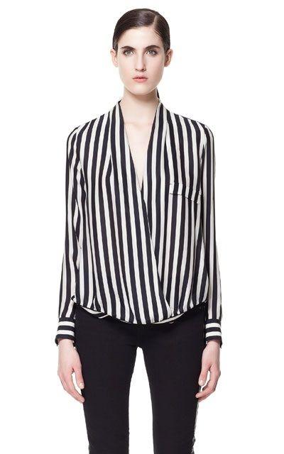 f6a451bea2 Blusa rayas blanco y negro zara