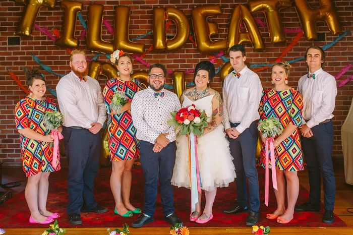 Colourful Mexican Inspired Wedding + 1950s themed wedding | I take you #weddingideas #weddingparty