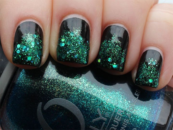 18 Beautiful Green Nails That Prove It Is the Perfect Shade for Fall