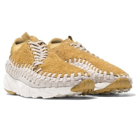 timeless design 3cf70 e2d9f Nike Air Footscape Woven Chukka QS FLT Gold | shoes | Shoes, School ...