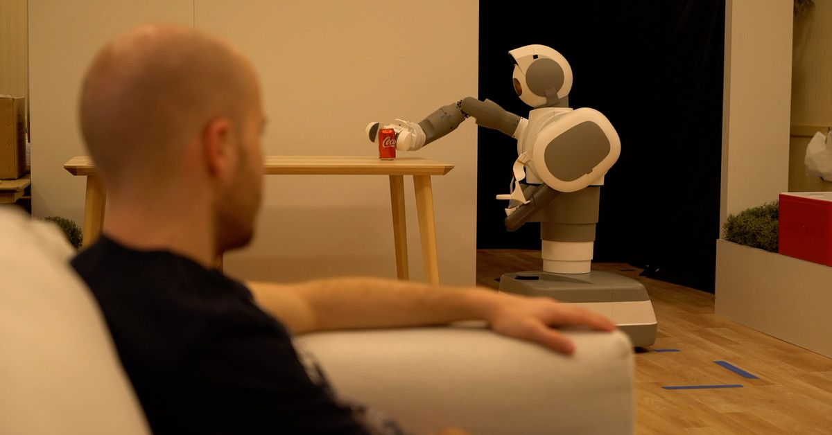 Aeolus is a wheeled robot that can clean your home and grab you a beer with its elaborate arm.