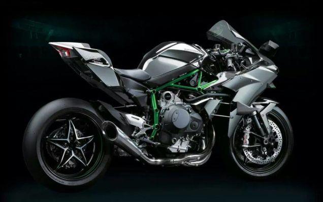 The Supercharged Kawasaki Ninja H2r Is Batshit Insane Kawasaki