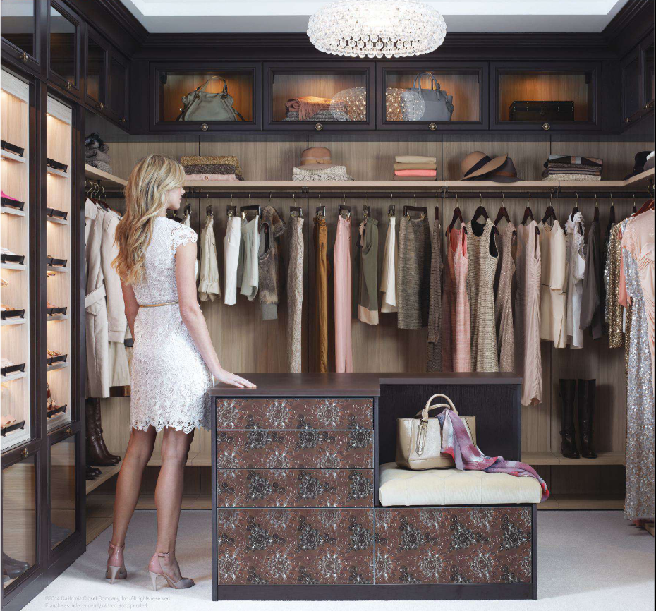 California closets walk in closet home daydreaming for Houses with walk in closets