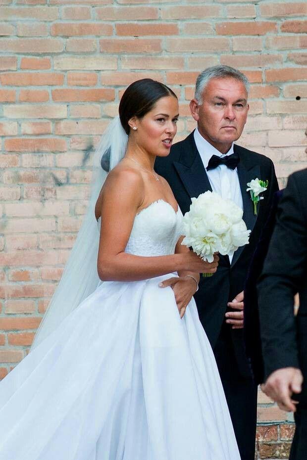 Pin By Kaira Veil On Mariage Ana Ivanovic Serbian Wedding Celebrity Wedding Photos