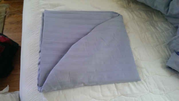 The Perfectly Folded Fitted Sheet | The 21 Most Joyous Sights To A Neat Freak