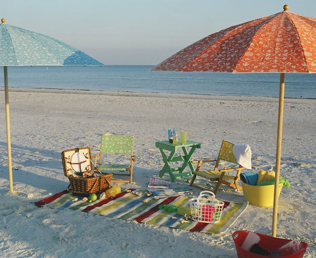 Beach picnic tumblr sunny summer pinterest picnics and beach beach picnic tumblr voltagebd Choice Image