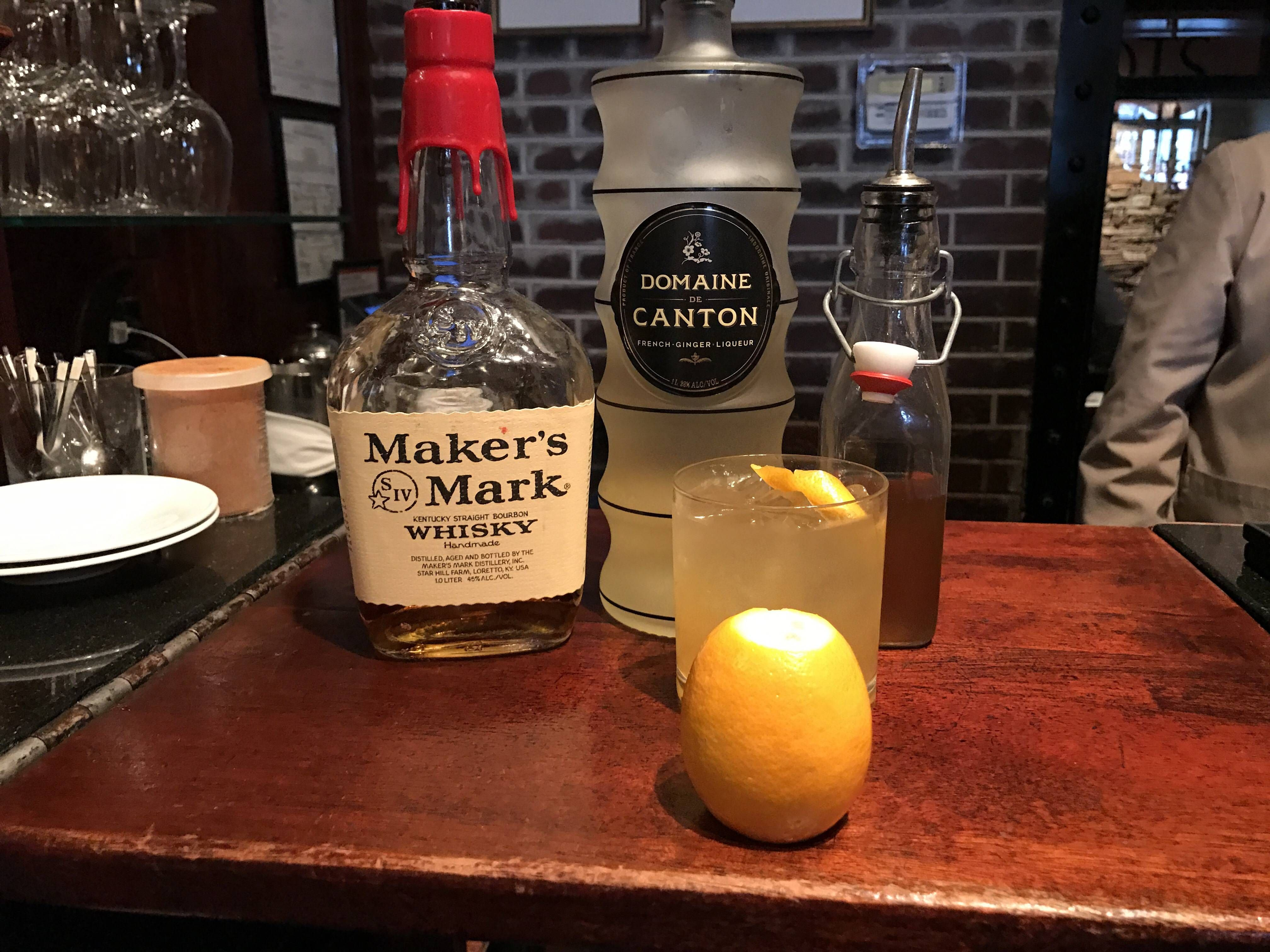 Reddit The Front Page Of The Internet With Images Cocktails Drinks Tito S Vodka Bottle