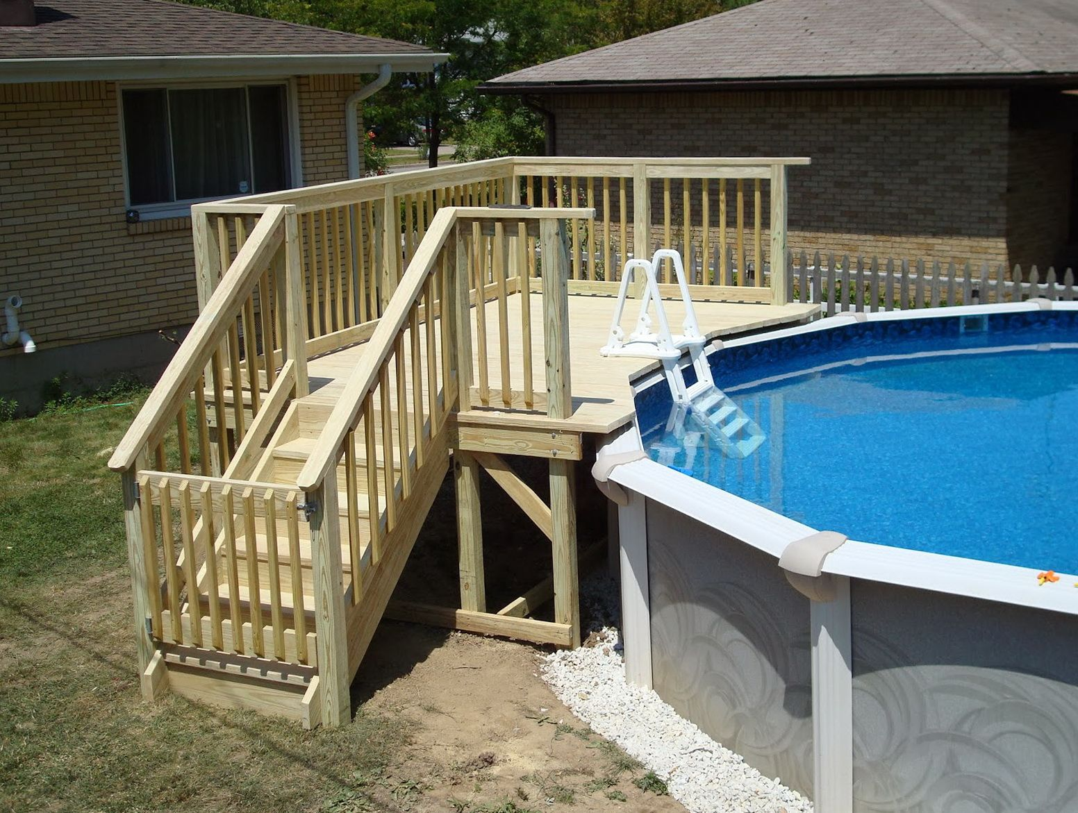 Small Deck Ideas Possibly Your Lot Is Smaller Compared To You D Such As Making It A Difficult To Consist Of Pool Deck Plans Small Backyard Pools Pool Patio