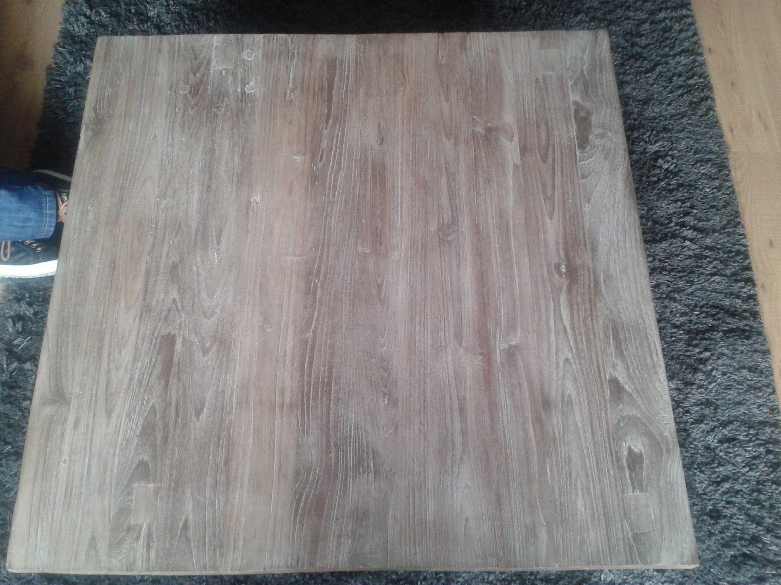 Op internet lees je verschillende methodes om teak hout te