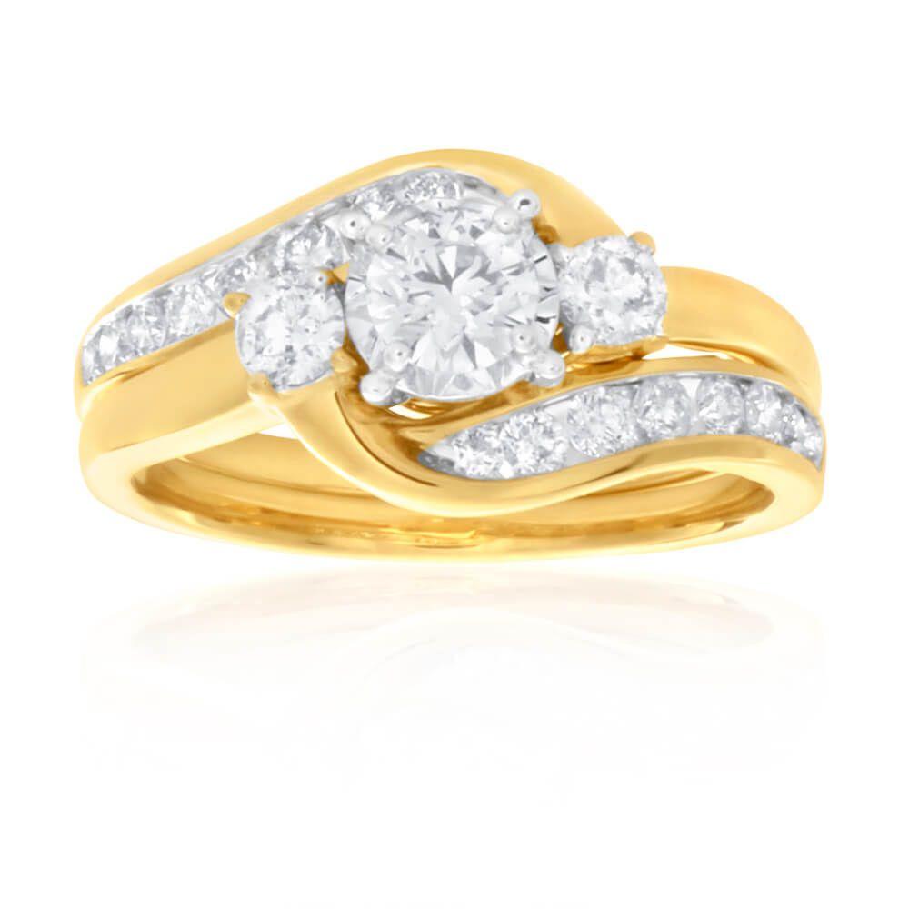 9ct gold diamond round brilliant cut bridal ring set | prouds the