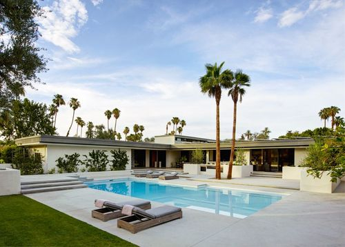 Gerald And Betty Ford House In Rancho Mirage California Mid Century Modern Exterior Modern Exterior Brown Interior