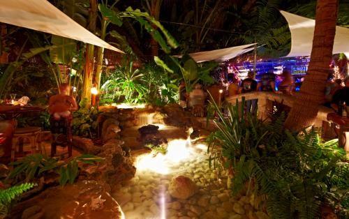 Guanabanas Island Restaurant Jupiter Fl Florida Pinterest