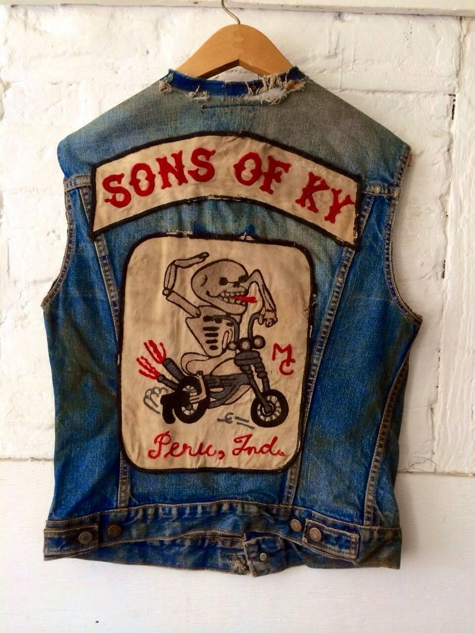 Thrift Score And More Vintage Watch List Motorcycle Clubs Biker Clubs Motorcycle Gang