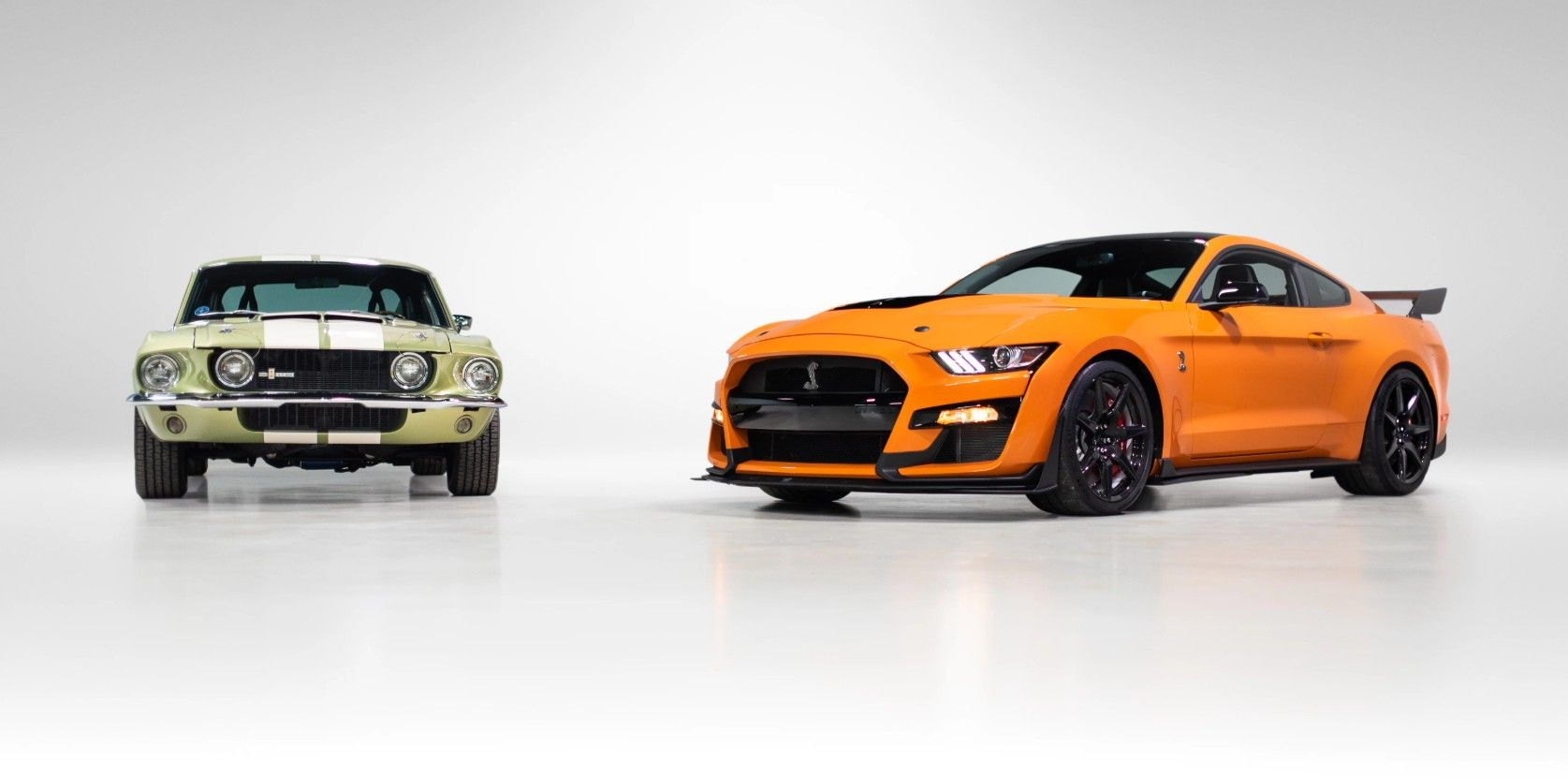 The Legacy Continues Meet The 2020 Ford Mustang Shelby Gt500 Stangbangers Shelby Gt500 Ford Mustang Shelby Ford Mustang Shelby Gt500