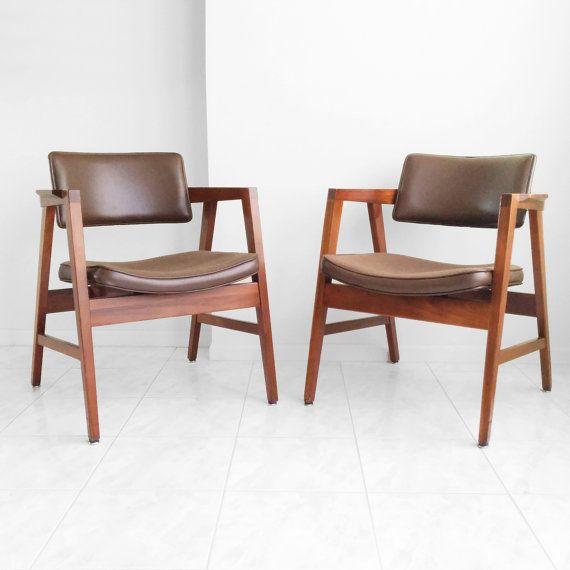 2 Mid Century Modern Walnut Gunlocke Chairs Midcentury Modern