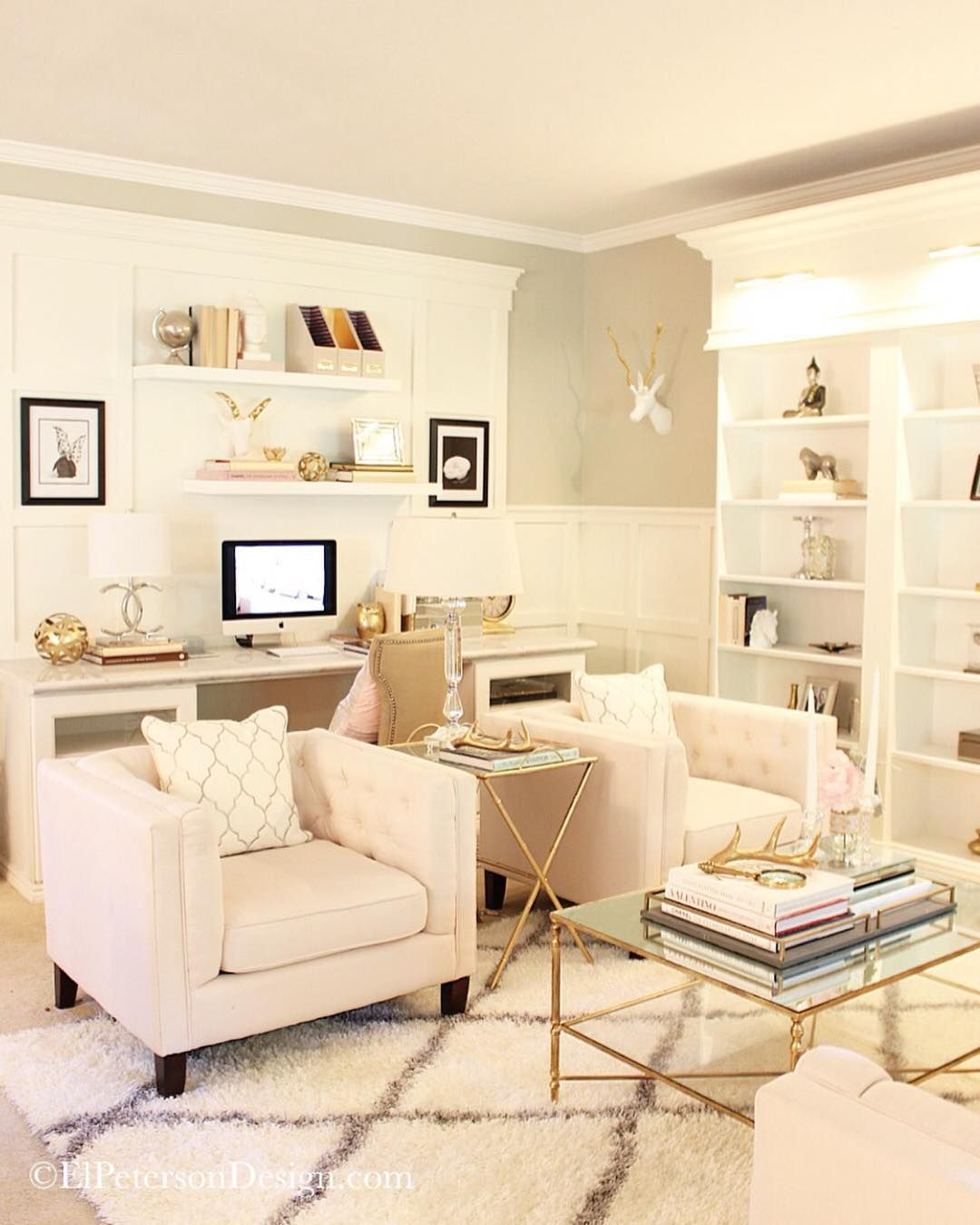 Office Living Room: Built In Bookcases An Work Desk. Beautiful!
