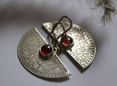 Immortal earrings, half-moon jewelry in sterling silver and carnelian